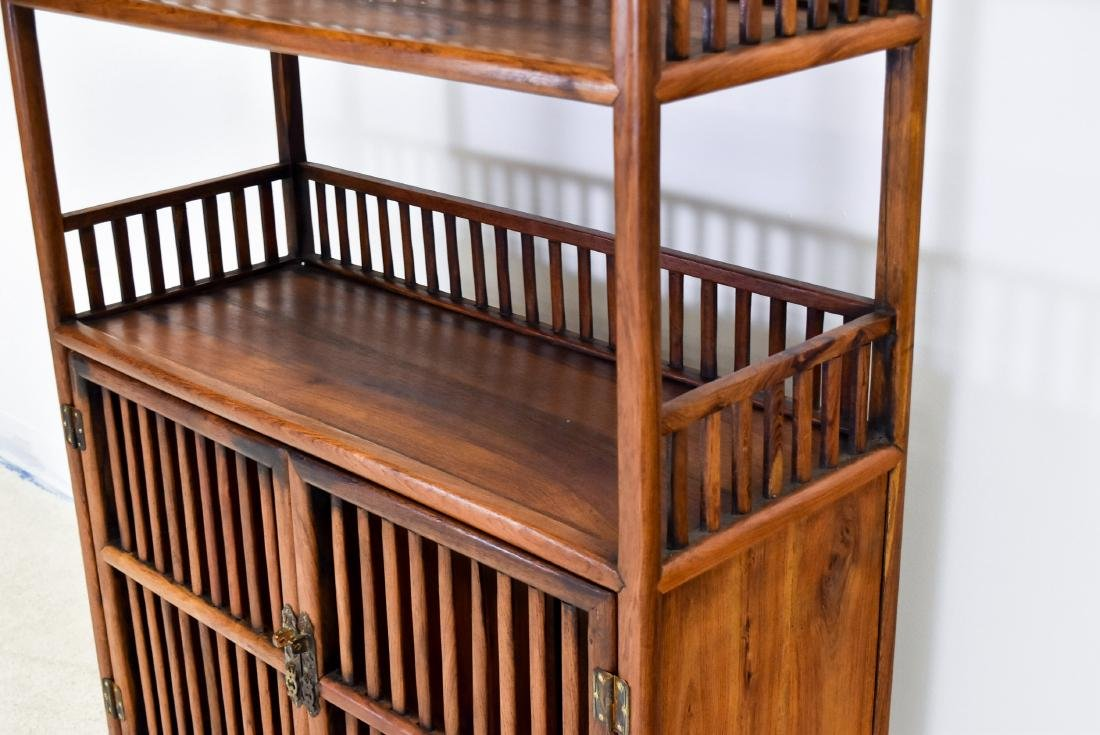 19TH C CHINESE HUANGHUALI BOOK CASE - 4