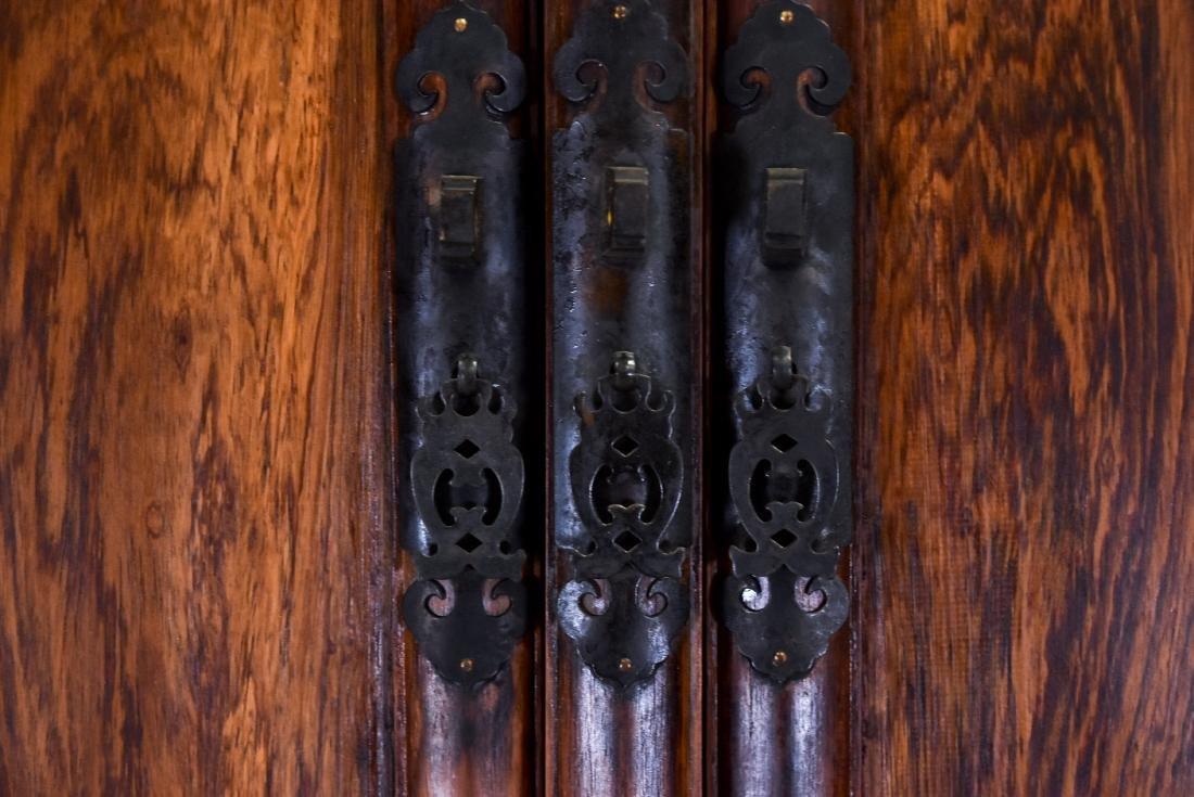 18/19TH C HUANGHUALI ROUND-CORNER DRAWERS CABINET - 5