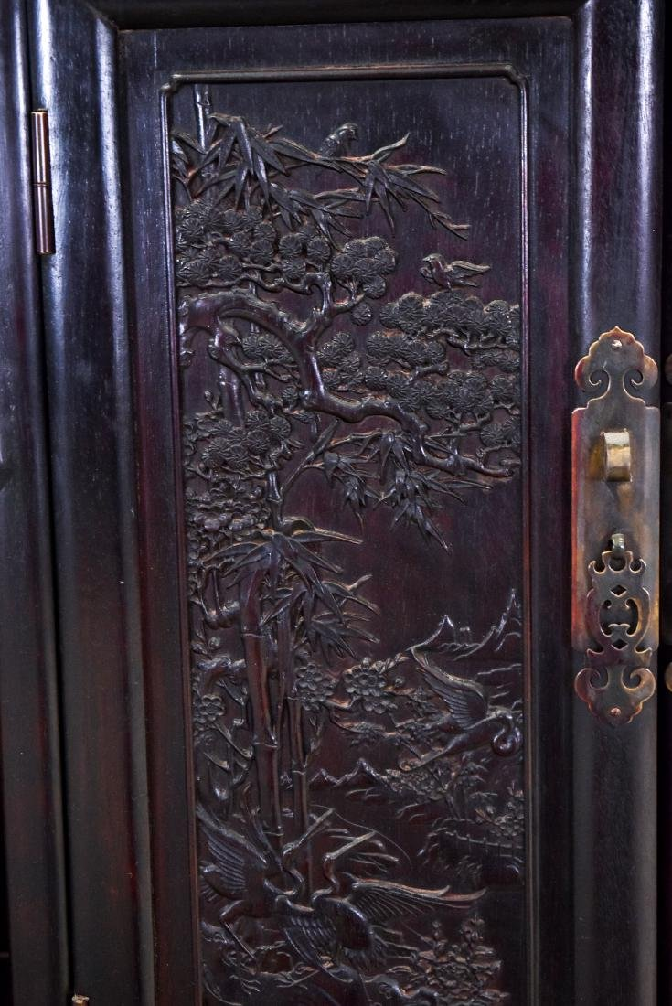 20TH C CHINESE HARDWOOD GALLERY CABINET - 4