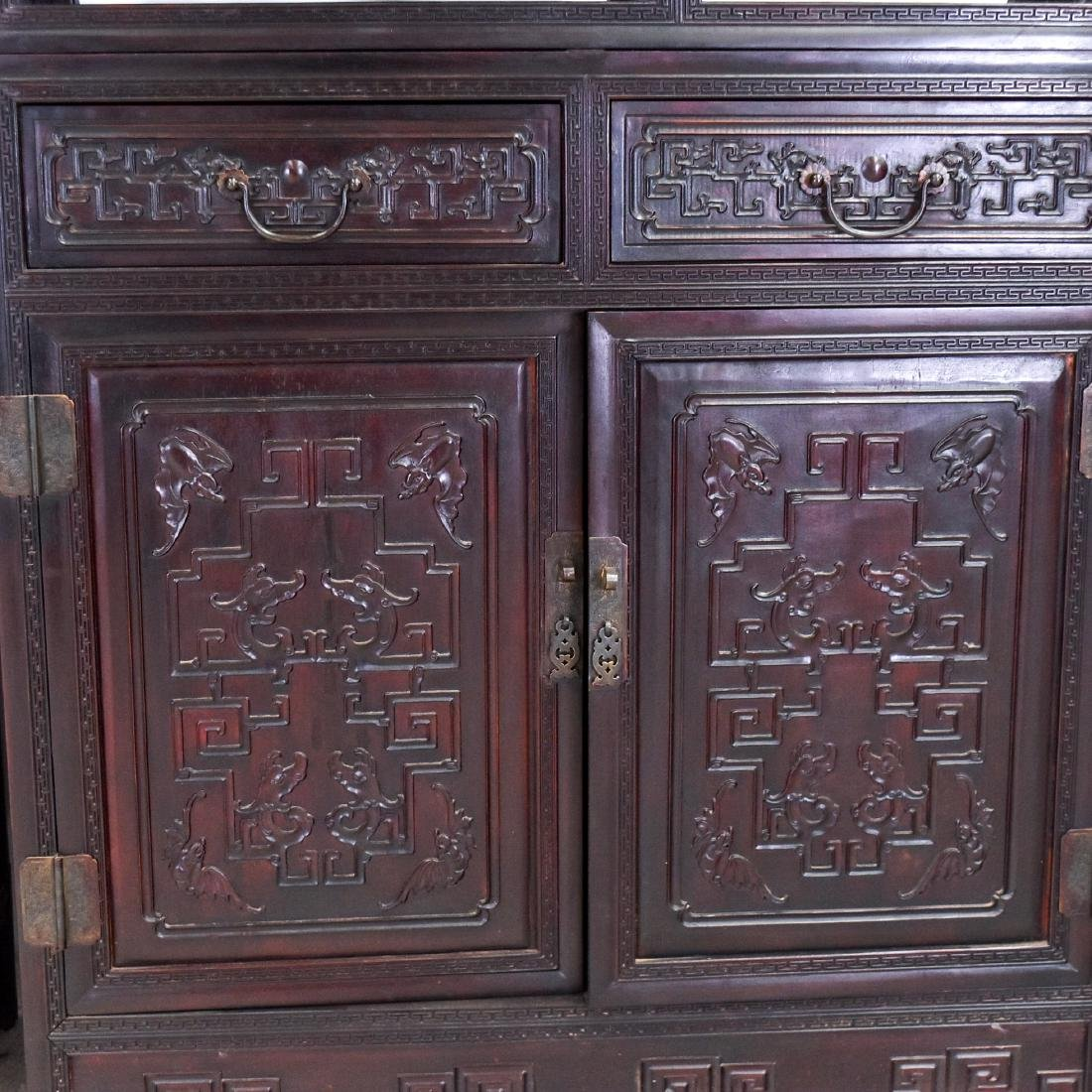 20TH C CARVED CHINESE HARDWOOD GALLERY CABINET - 7