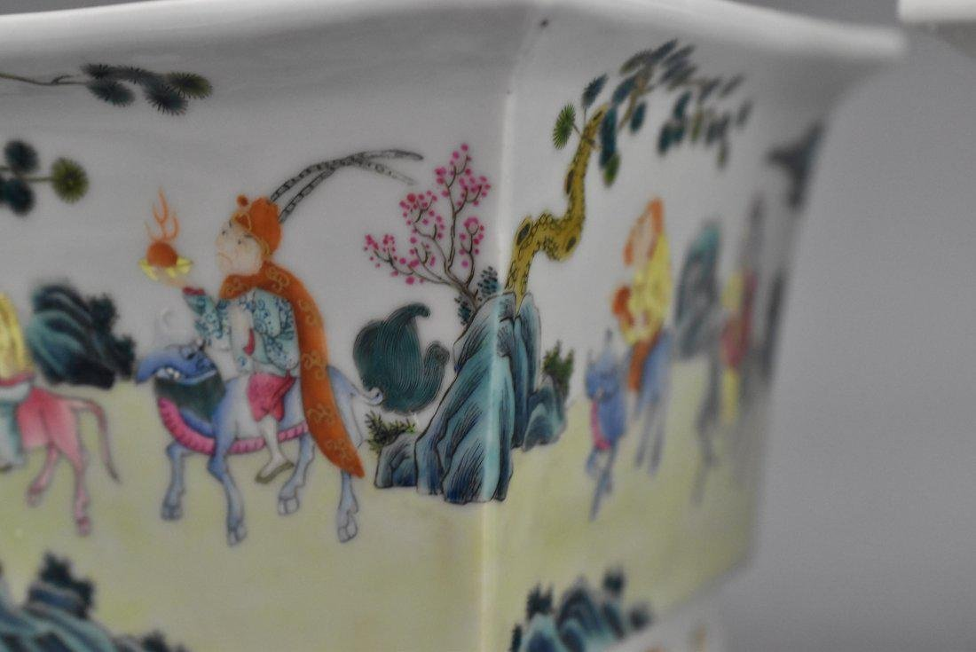 PAIR OF QING PORCELAIN SQUARE PLANT POTS - 4