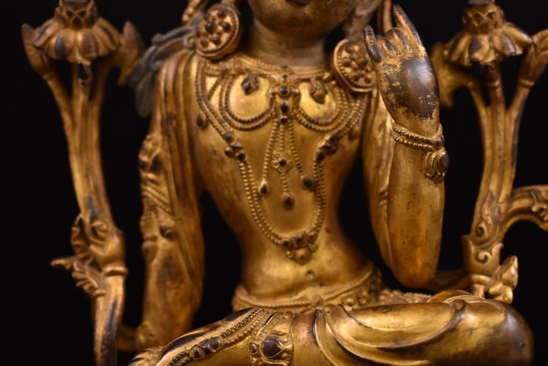 MING GILT BRONZE BUDDHA OF THE THINKING LOKESHVARA - 3
