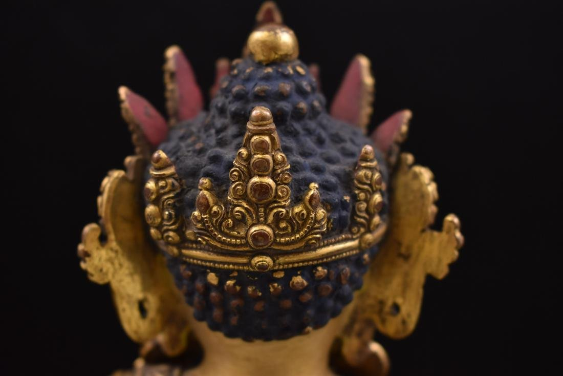 MING YONGLE GILT BRONZE CROWNED SHAKYAMUNI BUDDHA - 7