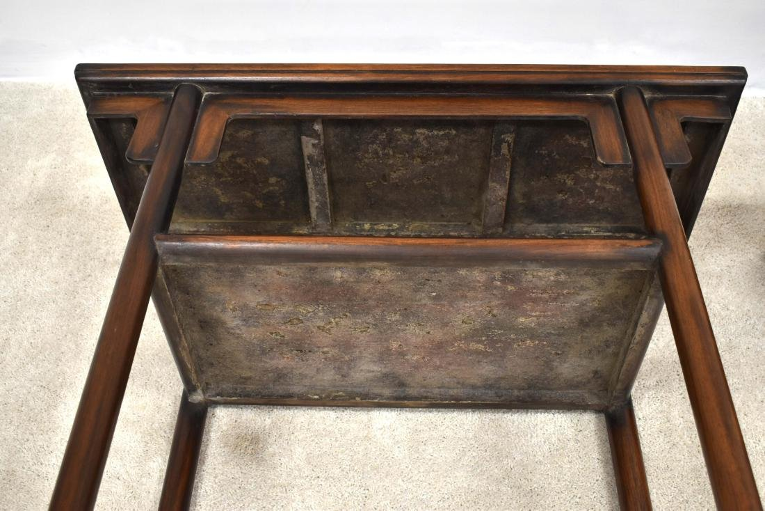 19TH C PAIR OF CHINESE HUANGHUALI TWO LEVEL ALTAR TABLE - 9