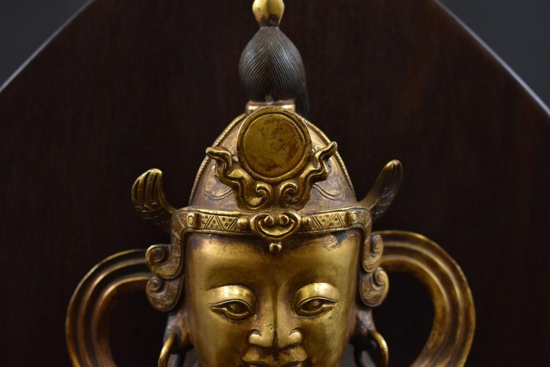LARGE GILT BRONZE BUDDHA VAISHRAVANA & AREOLA STAND - 3