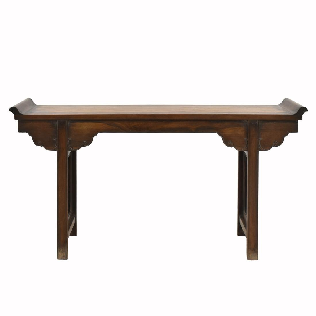 18TH C HUANGHUALI ALTAR TABLE WITH EVERTED ENDS