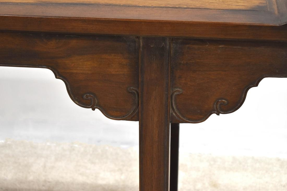 18TH C HUANGHUALI ALTAR TABLE WITH EVERTED ENDS - 2