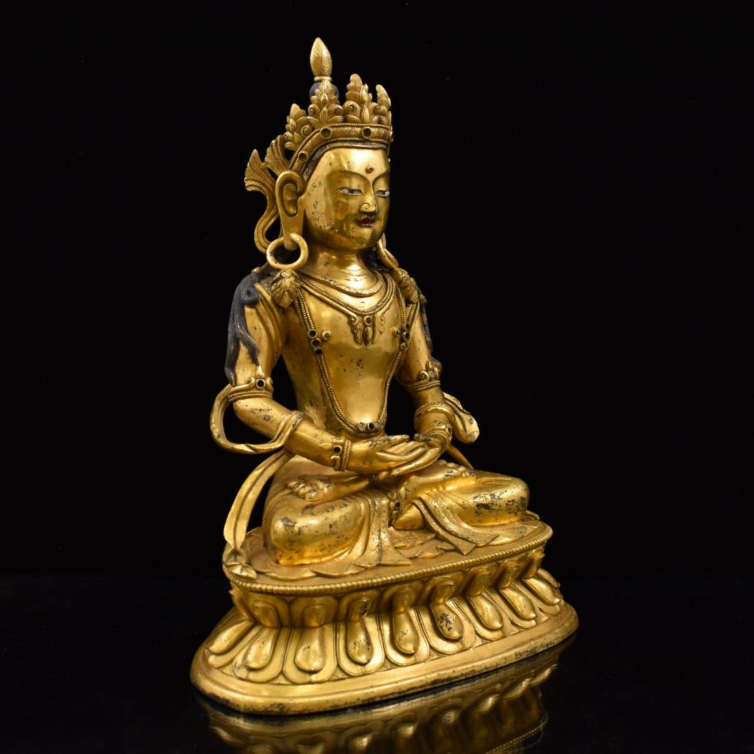 QING GILT BRONZE SEATED AMITAYUS BUDDHA - 2