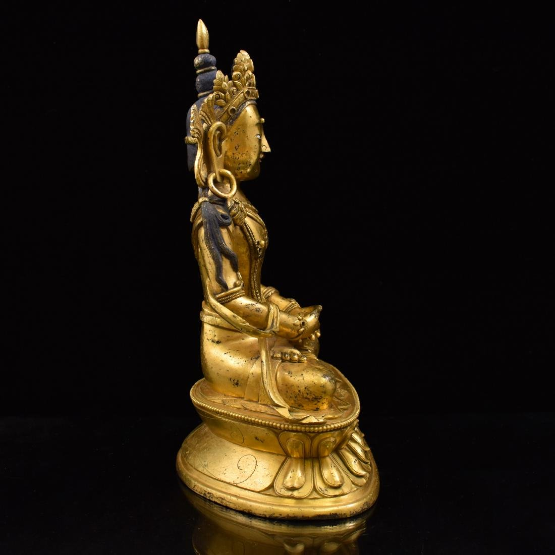 QING GILT BRONZE SEATED AMITAYUS BUDDHA - 3