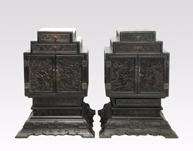 RARE PAIR OF CARVED ZITAN WAISTLESS CABINETS