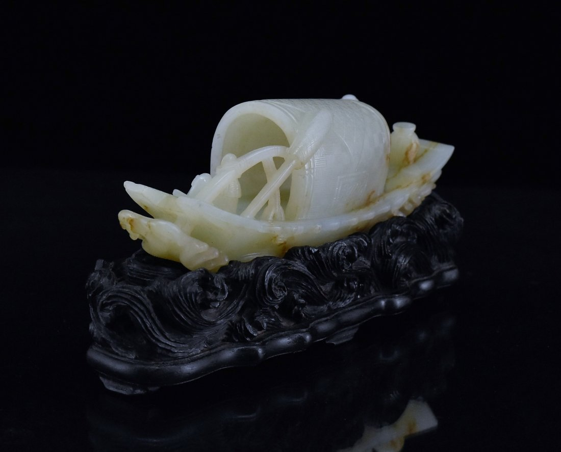 A CARVED CHINESE JADE MODEL OF FIGURES ON BOAT - 5