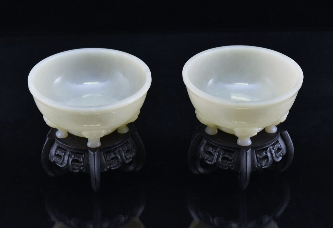 FINE PAIR OF PENTA-POD MARIAGE BOWL ON STAND - 2
