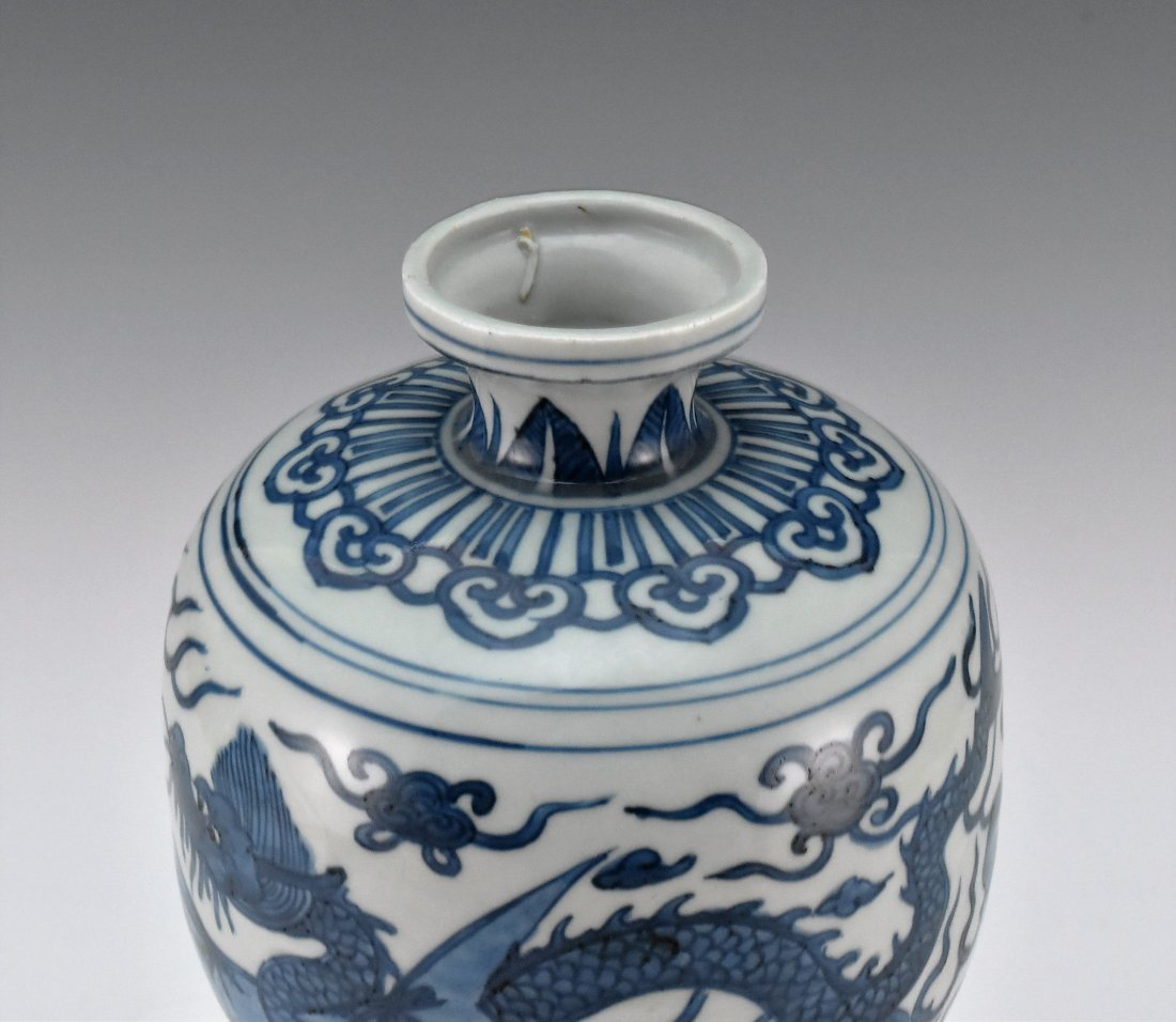 MING HIGH STEM BLUE AND WHITE MEIPING VASE - 2
