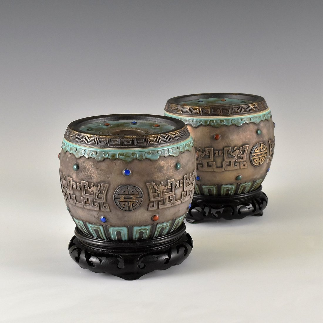 PAIR OF CARVED GILT PORCELAIN LIDDED JARS ON STAND - 2