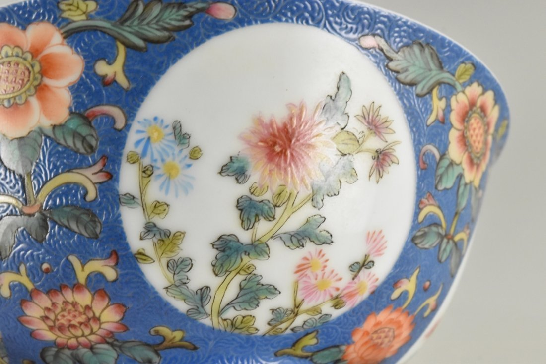 SGRAFFITO FLORAL MEDALLION BOWL ON STAND - 10
