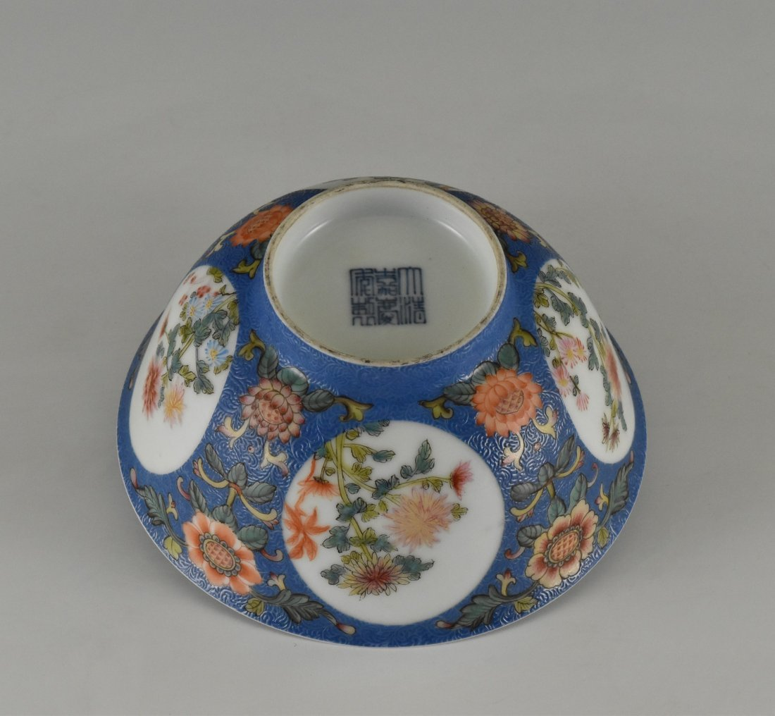 SGRAFFITO FLORAL MEDALLION BOWL ON STAND - 4