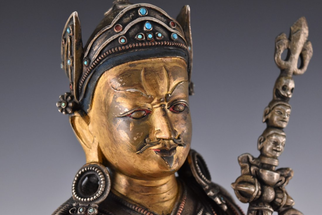 IMPORTANT, 17TH/18TH C. LARGE BRONZE SILVER GILT BUDDHA - 6