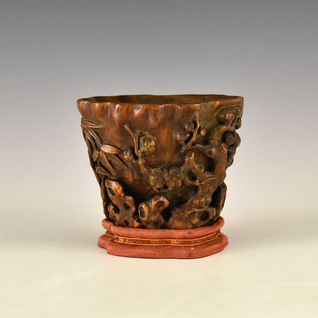CHENXIANG WOOD LIBATION CUP ON STAND