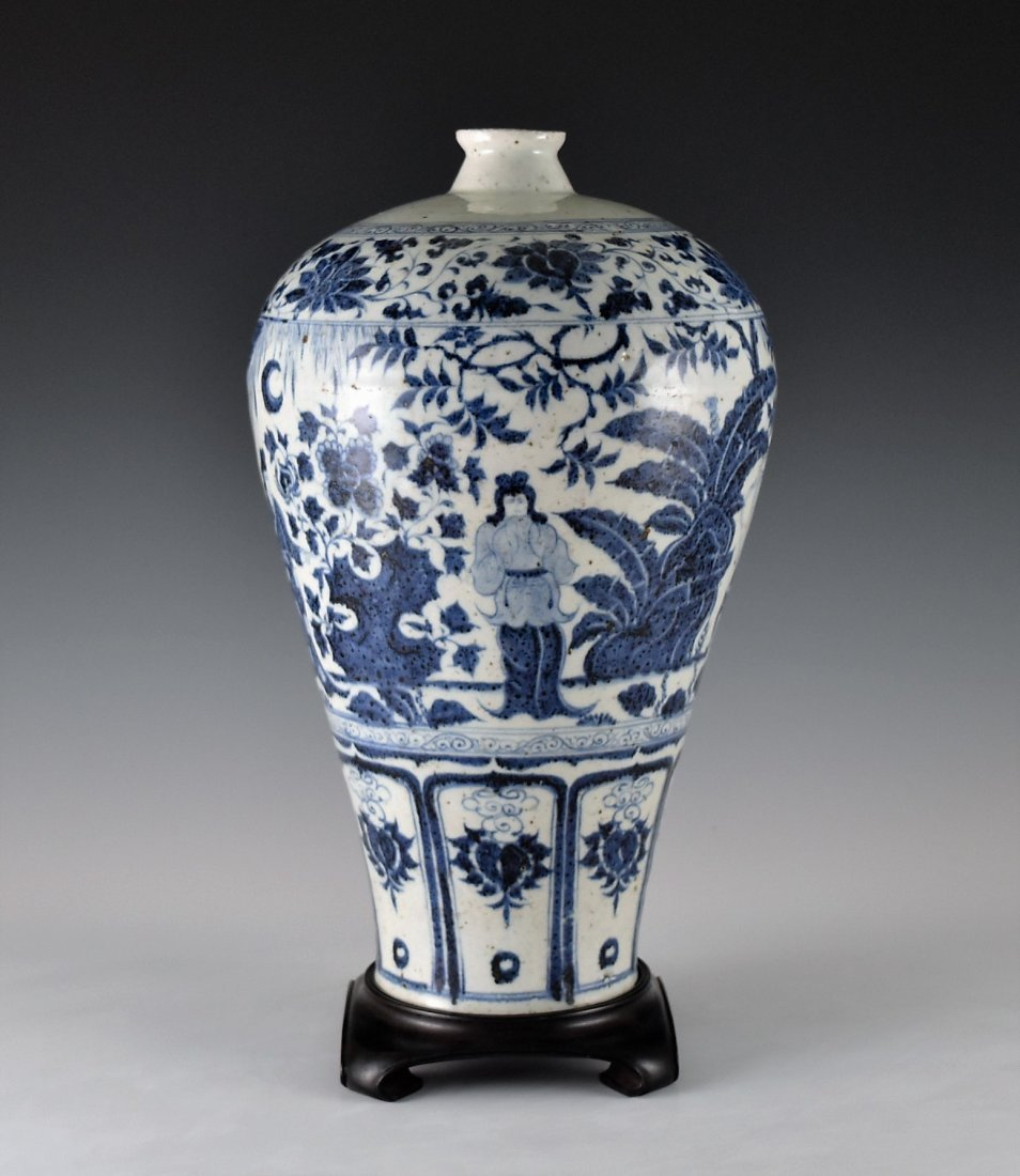 MING BLUE GLAZED MEIPING VASE WITH FIGURES MOTIF - 2