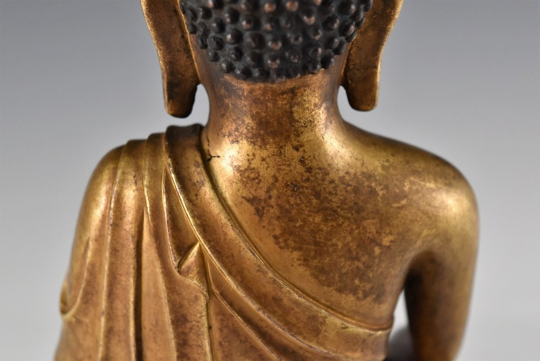 YONGLE MARK, GILT BRONZE FIGURE OF SAKYAMUNI BUDDHA - 9