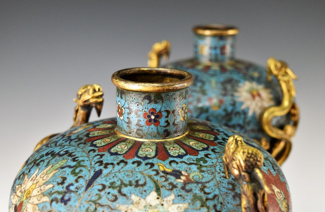 PAIR OF GILT CLOISONNE VASE WITH ENCIRCLING DRAGONS - 3