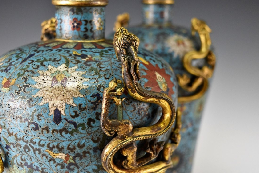 PAIR OF GILT CLOISONNE VASE WITH ENCIRCLING DRAGONS - 4