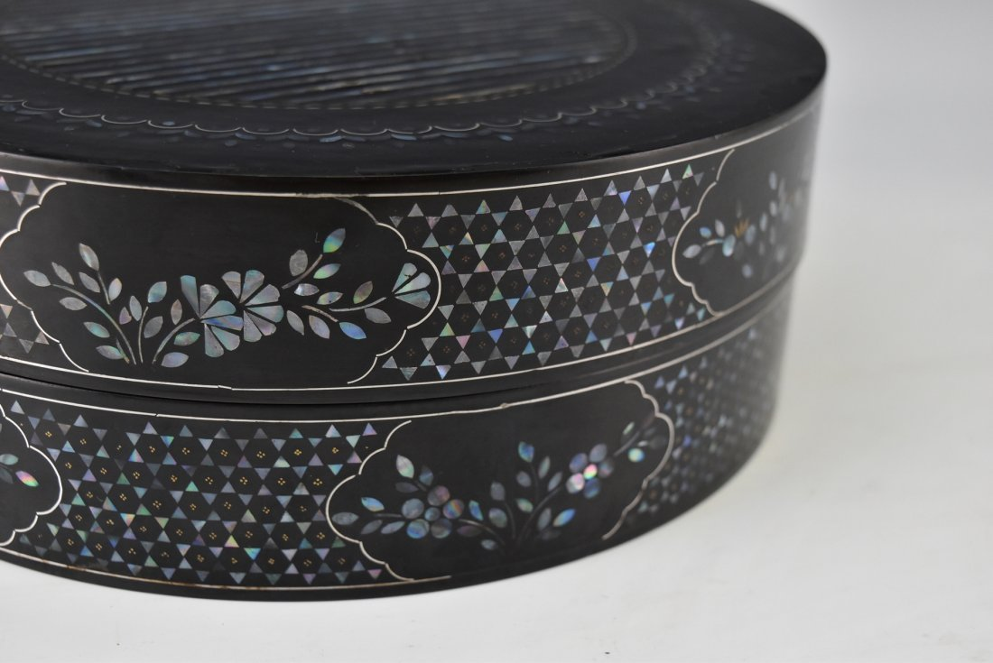 MOTHER OF PEARLS INLAID EBONY LACQUERED BOX - 10
