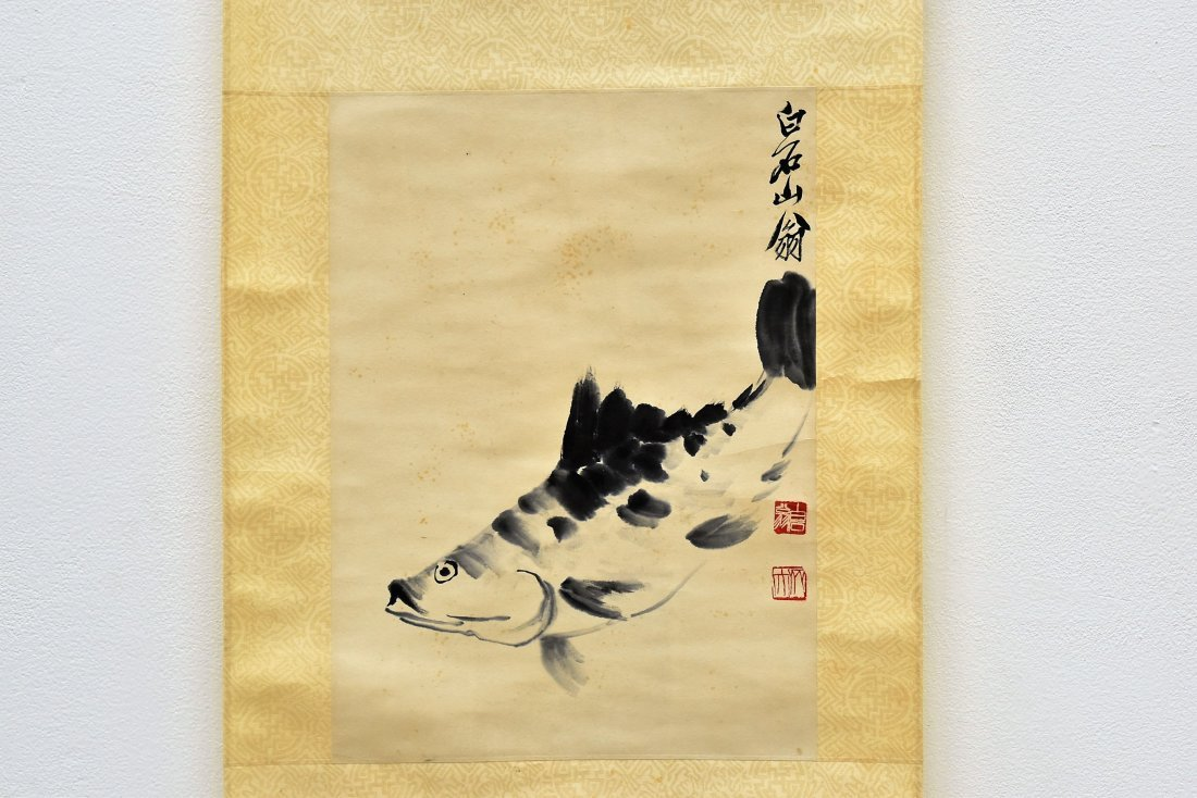 CHINESE GRAISALLE SCROLL PAINTING OF LOTUS IN BLOSSOM - 2