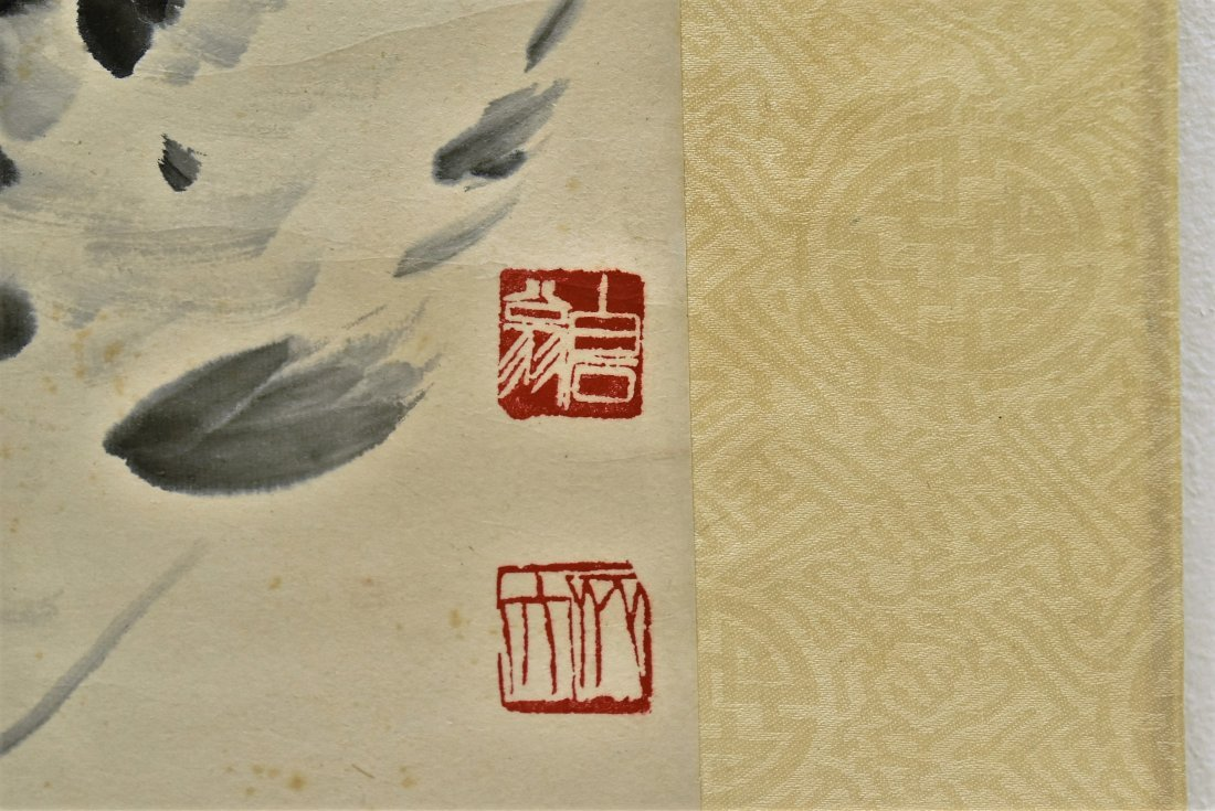 CHINESE GRAISALLE SCROLL PAINTING OF LOTUS IN BLOSSOM - 6