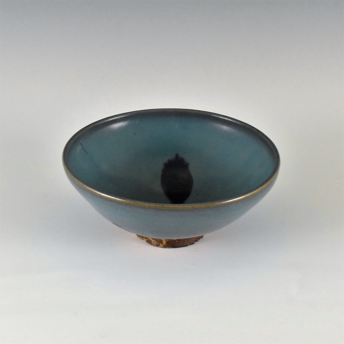 A TURQUOISE GLAZED JUN WARE TEA BOWL
