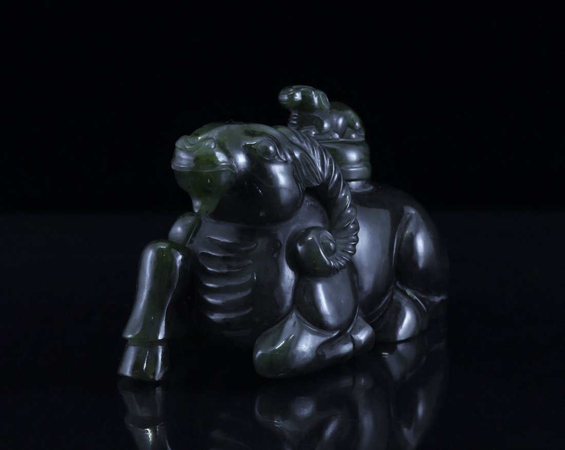 CARVED SPINACH-GREEN JADE COVERED SHEEP URN - 2