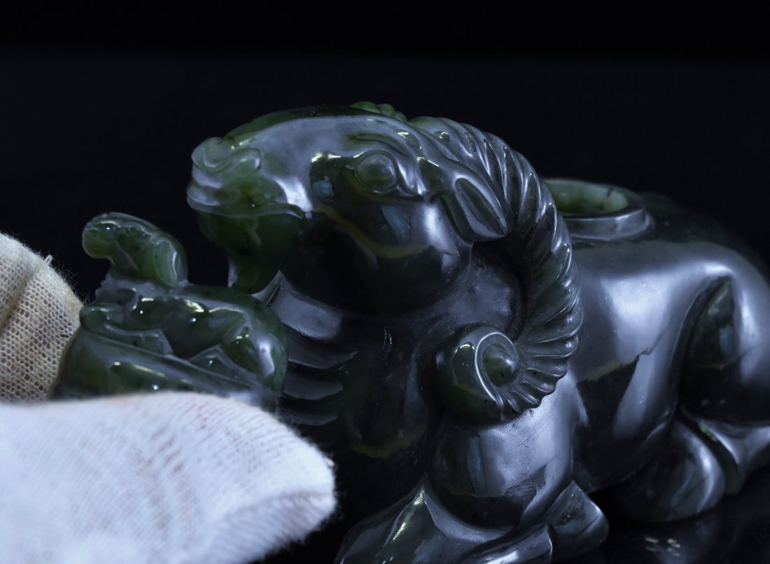 CARVED SPINACH-GREEN JADE COVERED SHEEP URN - 7