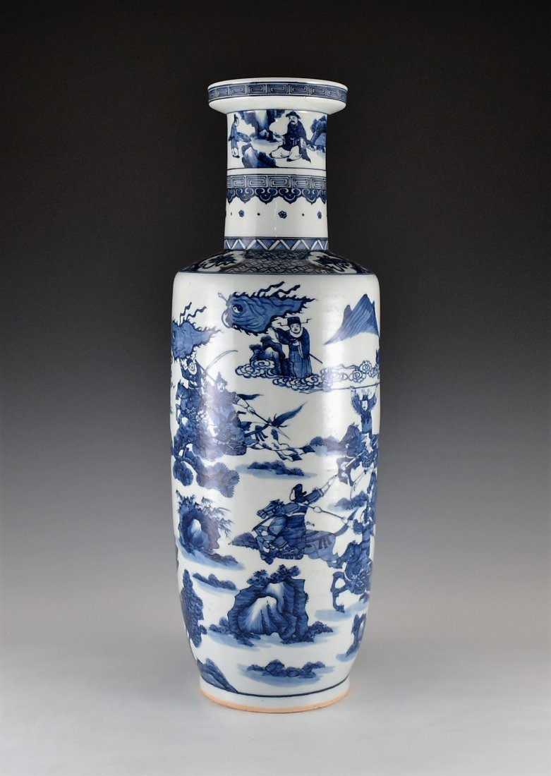 BATTLE SCENE BLUE AND WHITE ROULEAU VASE ON STANDS - 2
