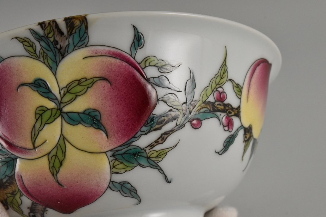 PAIR OF FAMILLE ROSE PEACH BOWLS,  YONGZHENG MARK - 7