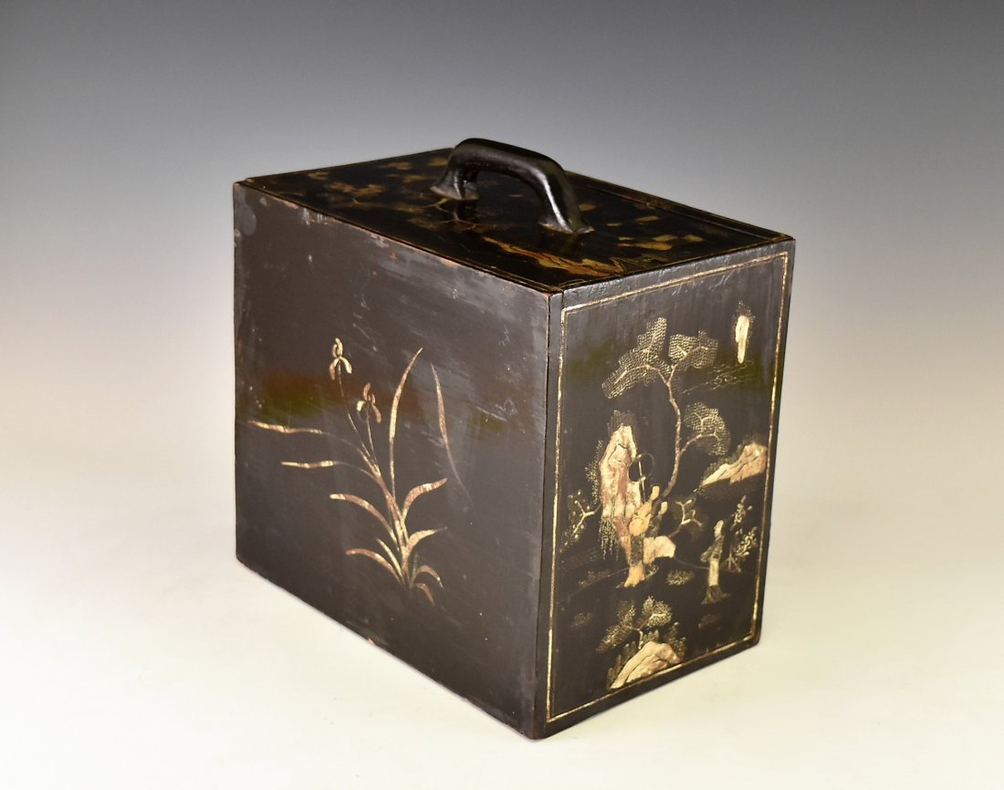 ANTIQUE CHINESE EBONY LACQUER BOX, 19TH C - 5