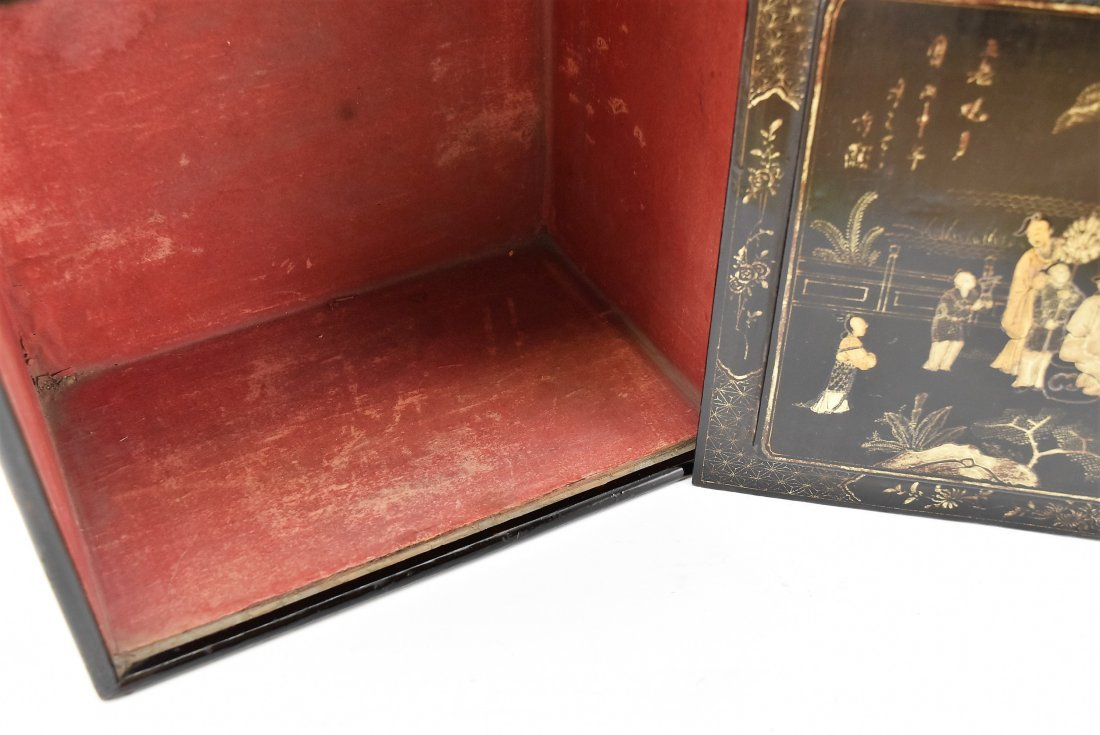 ANTIQUE CHINESE EBONY LACQUER BOX, 19TH C - 7