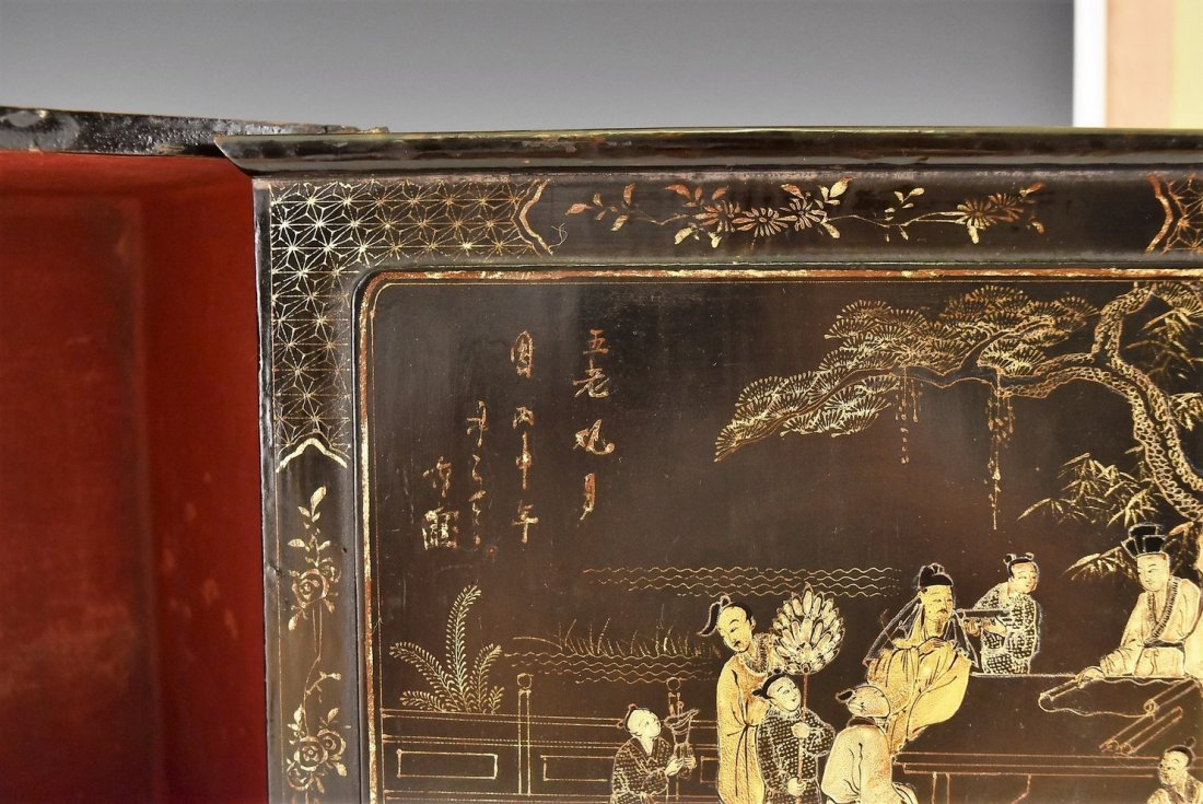 ANTIQUE CHINESE EBONY LACQUER BOX, 19TH C - 8