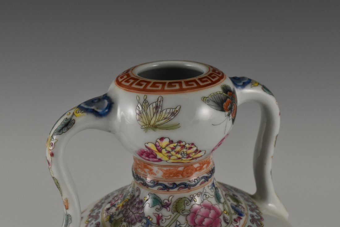 BUTTERFLIES AND FLOWERS CHINESE FAMILLE ROSE VASE - 7