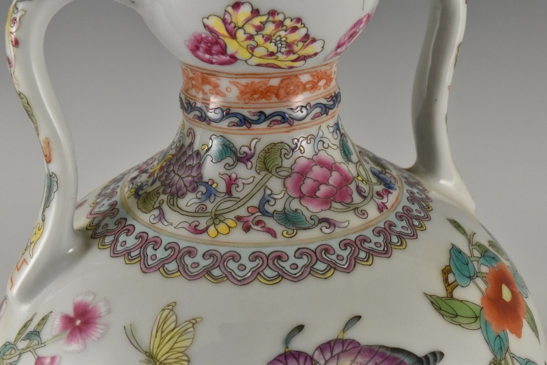 BUTTERFLIES AND FLOWERS CHINESE FAMILLE ROSE VASE - 8
