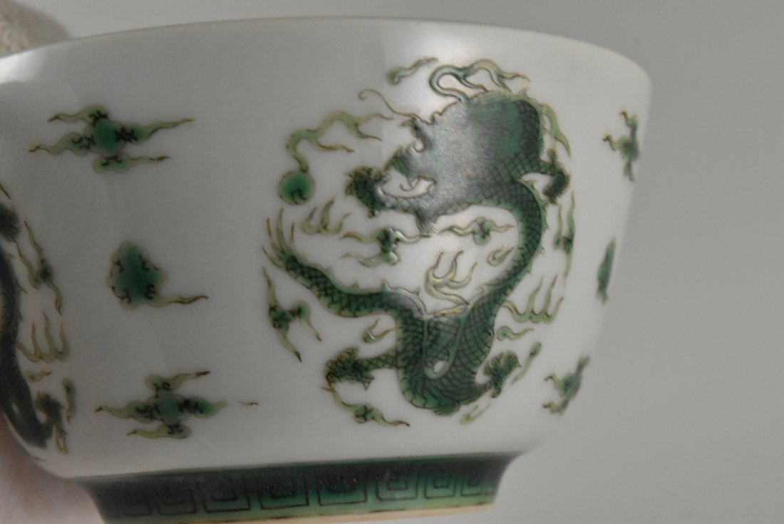 PAIR OF FAMILLE VERTE DRAGONS CUPS - 5