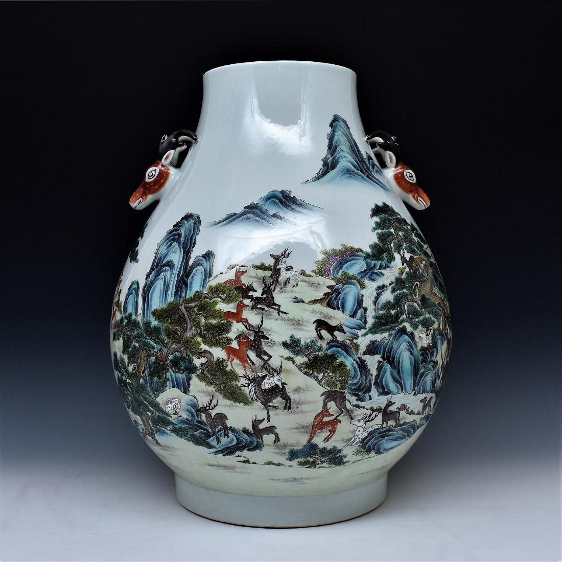 LARGE FAMILLE ROSE HUNDRED DEER PORCELAIN VASE