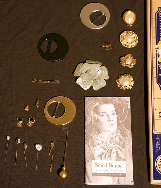 309:   JEWELRY-COSTUME,  A COLLECTION       mixed mater