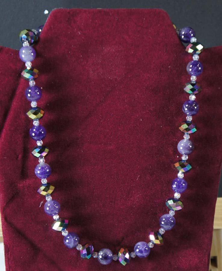123:  AMETHYST BEADS AND CRYSTAL BEADS,   ,