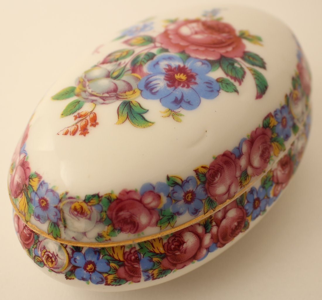 French Limoges oval floral bonbonniere/trinket box