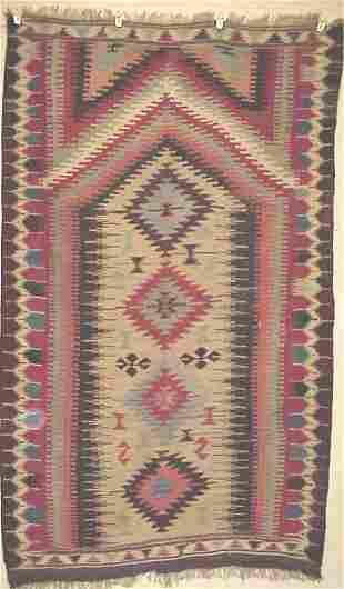 Oriental rug Karapinar prayer kilim