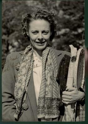 Alice Marble Signed Sepia Tone 8x10 Photograph JSA