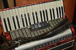 Vintage Accordion 120 Bass