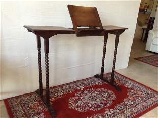 Lovely Italian Small Table 19th century