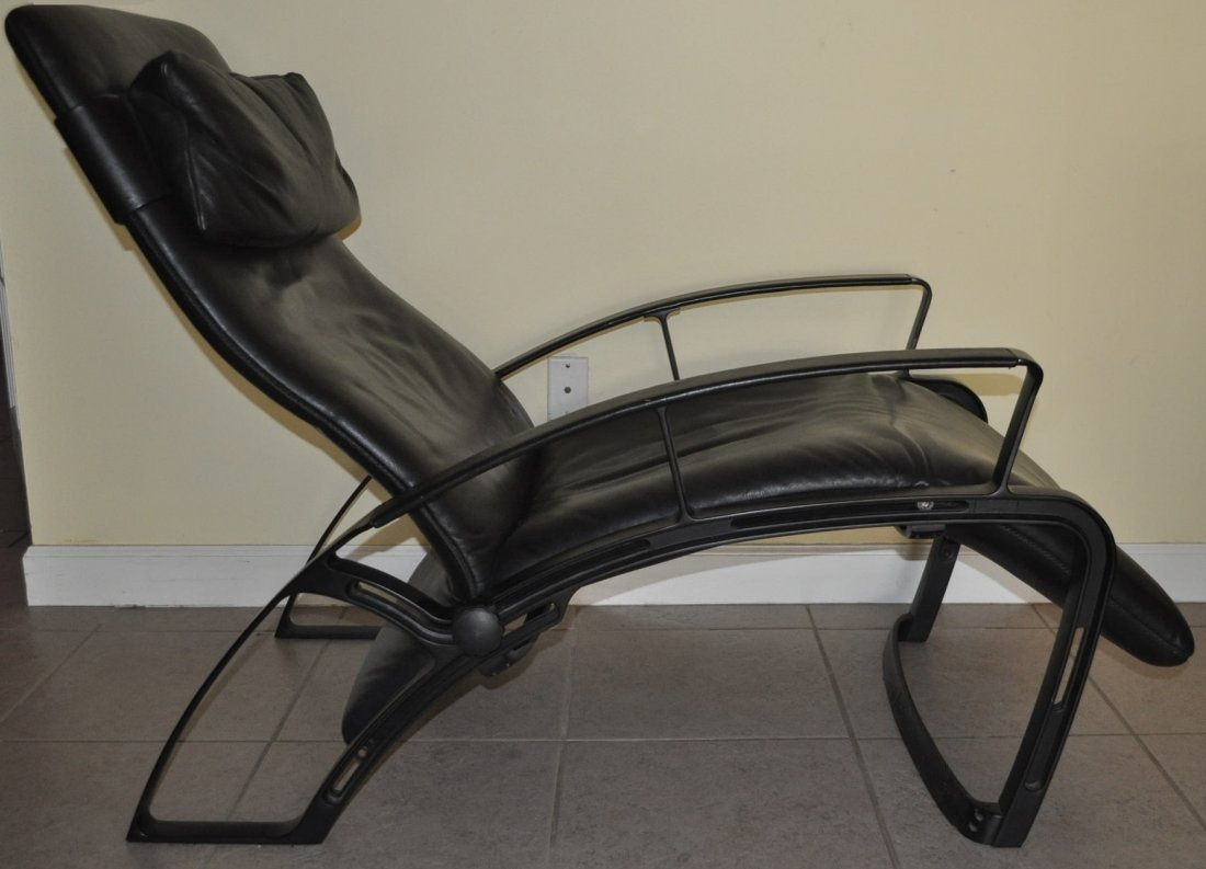 "Rare Vintage ""Poltrona Frau"" Leather Reclining Chair - 5"