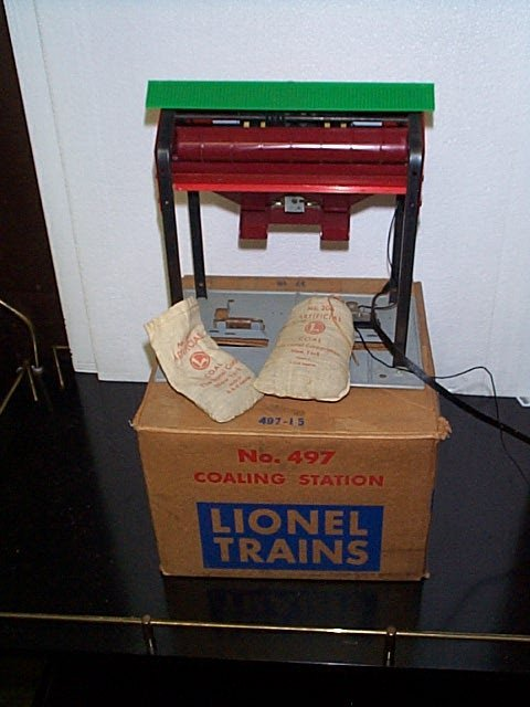 6: Lionel Trains coaling station No.497 with full bag o